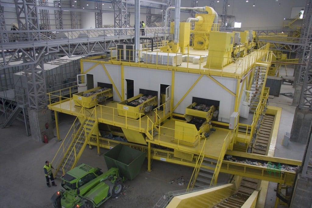 Linea de envases del contenedor amarillo