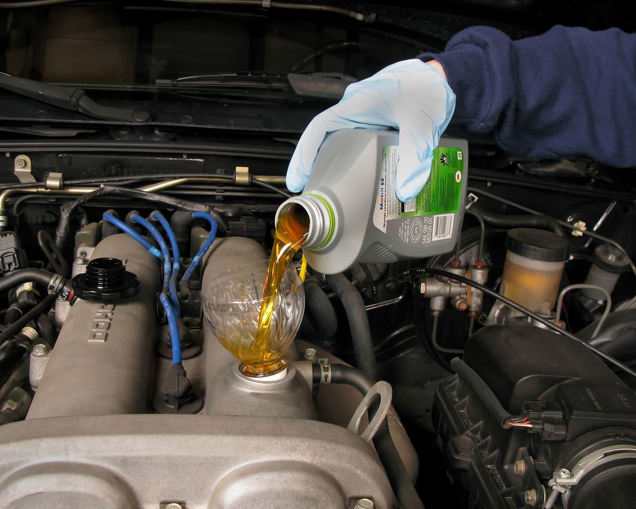 Reciclando aceite de motor