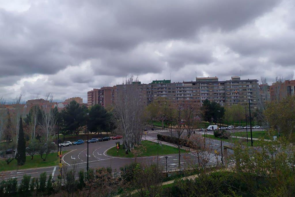 La contaminación del aire cae un 42% en Zaragoza durante la cuarentena