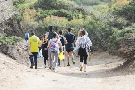 El 'Plogging Tour' espera recoger 33.000 kg de residuos en zonas protegidas