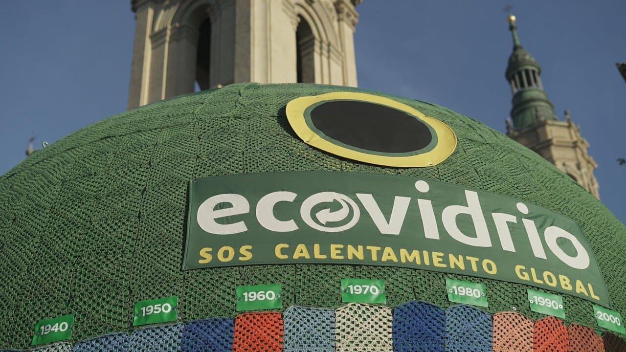 Zaragoza muestra la evolución de las temperaturas con un contenedor gigante